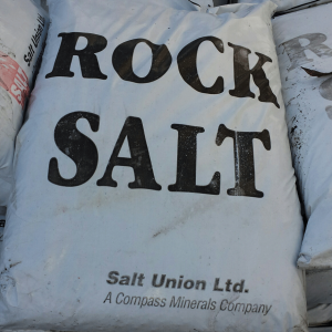 Clearance Brown Rock Salt 25kg